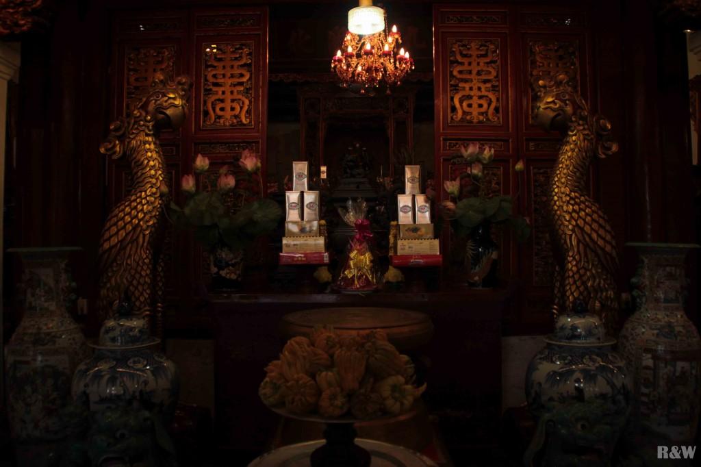 Temple Ngoc Son sur le lac de l'épée restituée