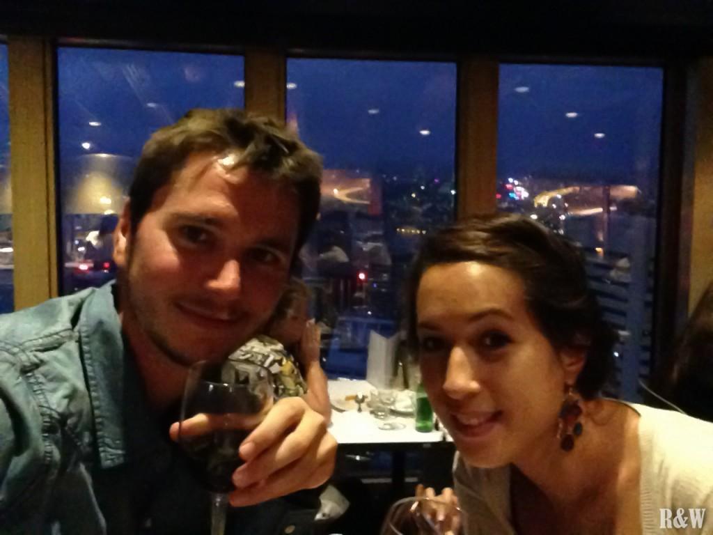 Un dîner en amoureux en haut de la Sydney Tower