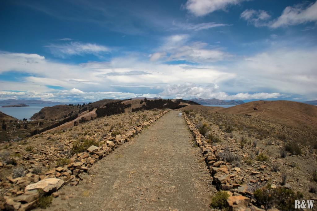 Chemin de randonnée pour rejoindre le sud de l'île