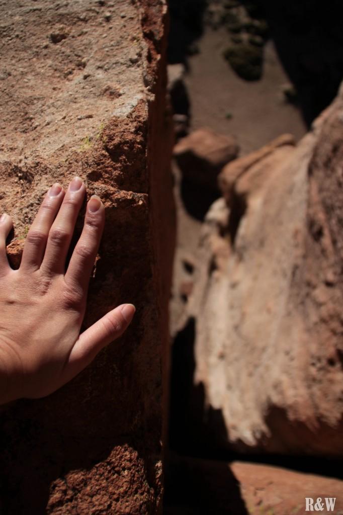Escalade sur des roches millénaires très hautes... bien trop hautes !